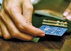 Расскажите о том, можно ли перевести деньги на телефон с карты МИР ВТБ.